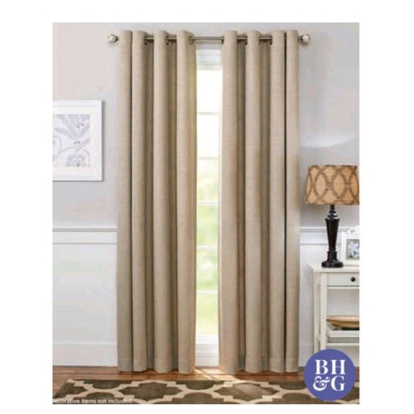 Better Homes And Gardens Other - Better Home and Garden 95 inch Curtain